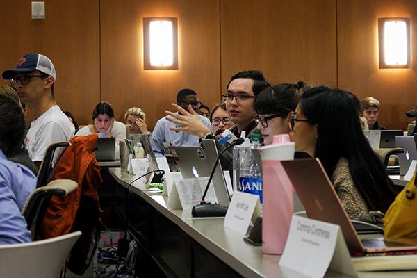 SG_2019-11-20_Student_Government_Assembly_Nikayla