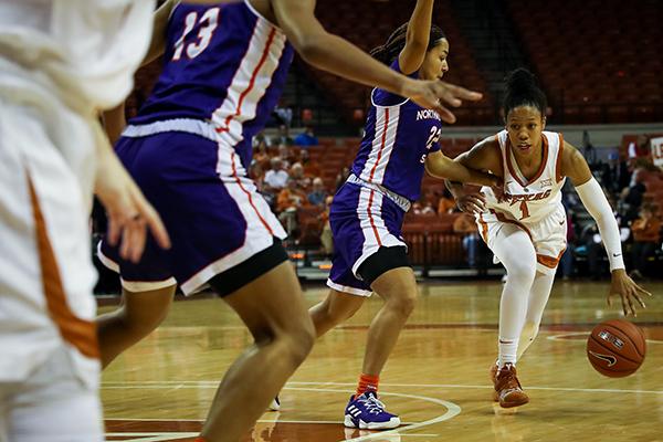 Sutton_2018-12-29_Texas_Womens_Basketball_v_Northwestern_State_Joshua