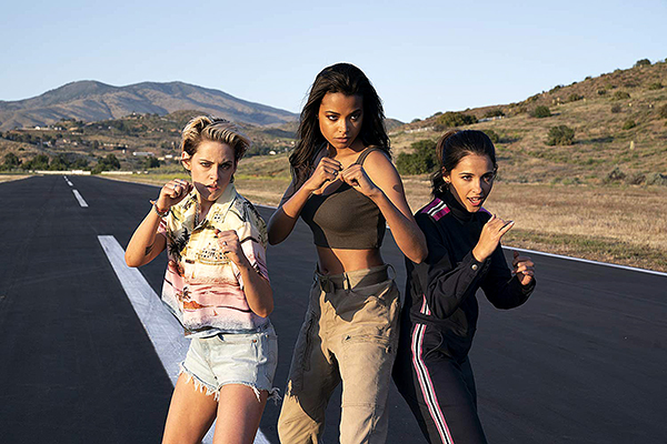 charlie's angels review_courtesy of SONY PICTURES ENTERTAINMENT INC