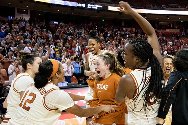 Celebration_2019-12-22-Texas_v_Standford_Joshua