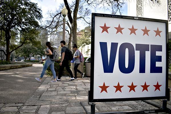 earlyvote 2020-02-18-_Early Voting_Jonathan