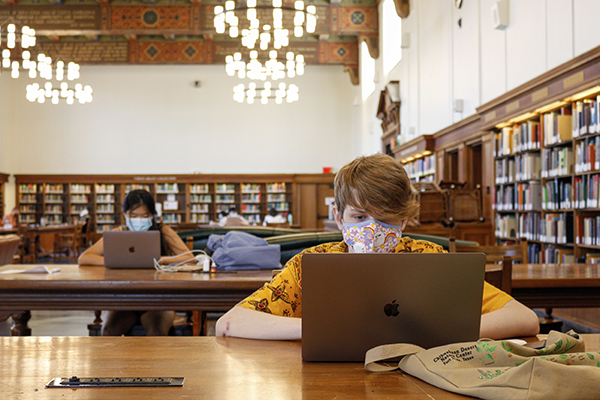 Library_Online_Classes_MG_7541_Jamie