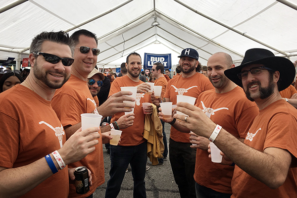 tailgate_courtesy_of_Horn-Ball Texas Tailgaters