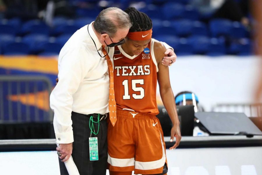 Texas's tournament run comes to an end in 62-34 Elite Eight loss to South Carolina