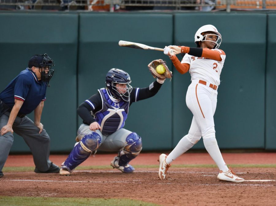 Oklahoma+outscores+Texas+softball+30-3+in+3-game+series