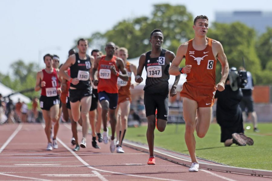 Texas track & field easily disposes of in-state rival A&M at dual meet over weekend