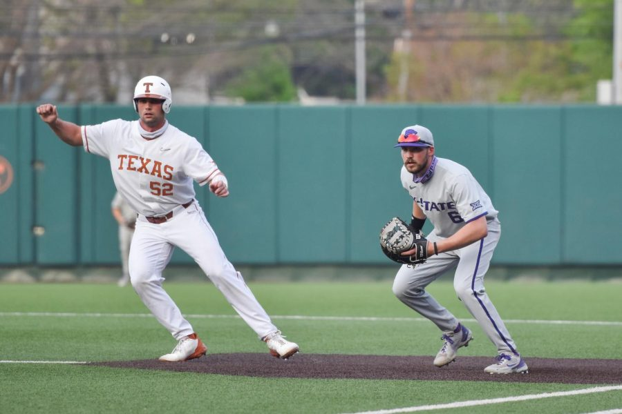 Big 8th inning lifts Texas baseball to 13-6 victory over Wildcats
