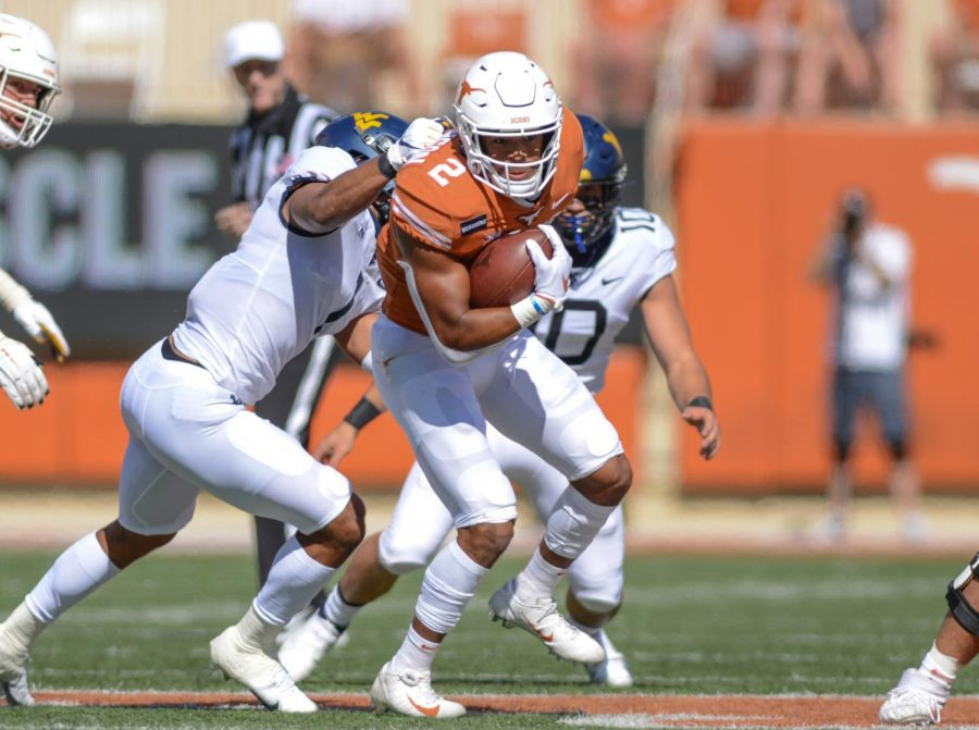 Texas+players+settling+in+with+new+coaching+staff+during+spring+practice