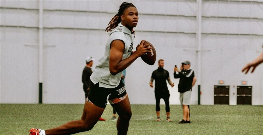Maalik+Murphy%E2%80%99s+unconventional+rise+to+four-star+QB+marks+a+shift+in+recruiting