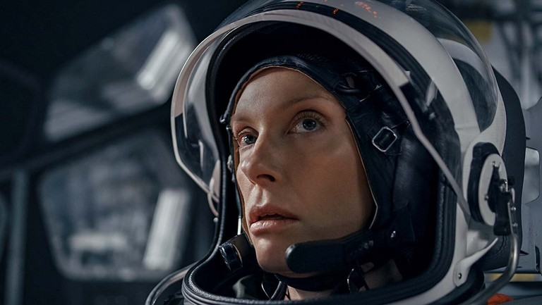 Toni Collette, Anna Kendrick struggle to survive in harrowing space thriller 'Stowaway'