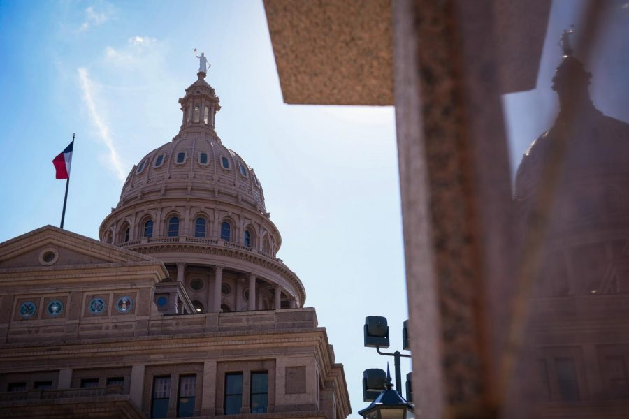 Texas+state+representative+files+bill+to+allow+UT+System+student+regent+voting+power