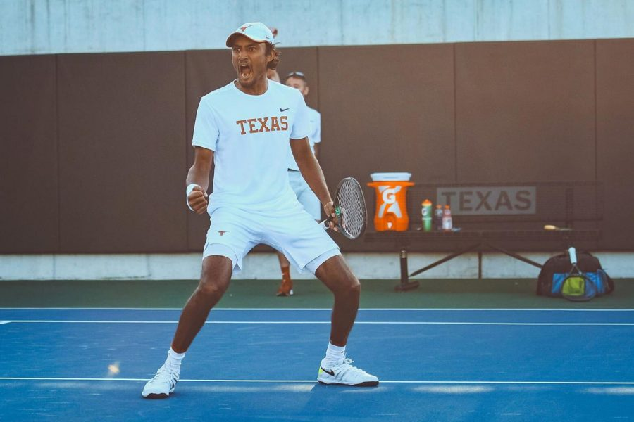 Arimilli+fills+in+for+an+injured+Braswell%2C+Texas+men%E2%80%99s+tennis+defeats+Texas+Tech+4-1