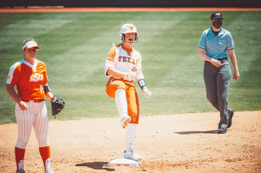 No. 12 Texas softball swept by No. 9 Oklahoma State, drops to 9–6 in conference play