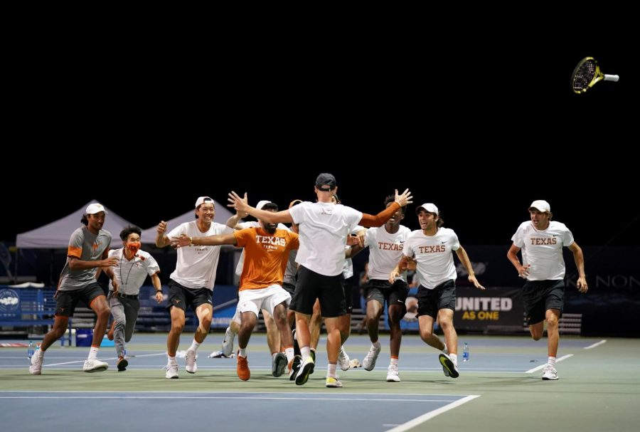 More+May+Madness%3A+Texas+men%E2%80%99s+tennis+wins+4-3+again%2C+advances+to+Final+Four