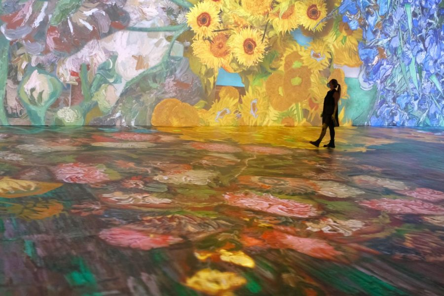 The+Beyond+Van+Gogh+Experience+changes+art%2C+creating+an+innovative+exhibit