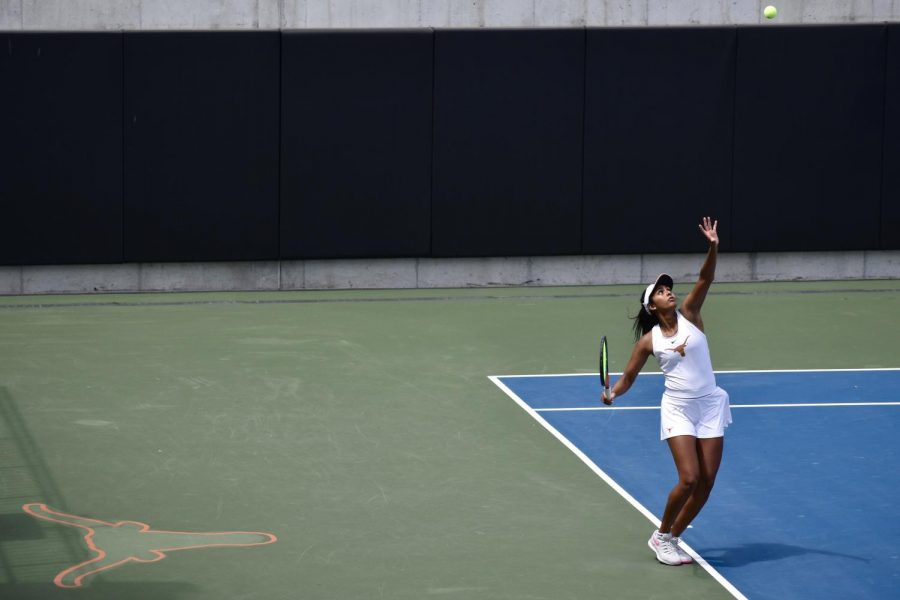 Learning+a+valuable+lesson%3A+How+the+Texas+women%E2%80%99s+tennis+freshmen+propelled+the+program+to+a+national+championship