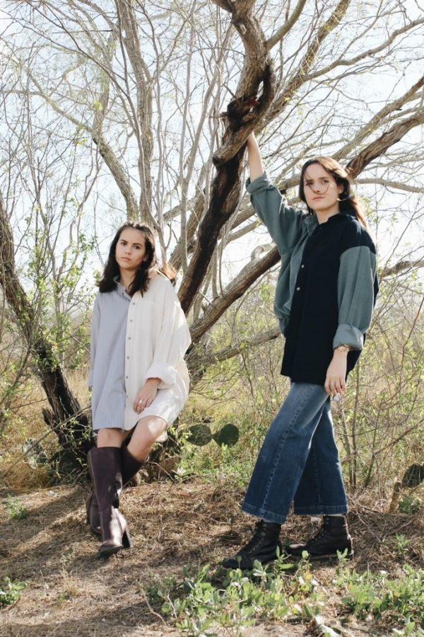 UT sisters start sustainable clothing business, Split Shirt