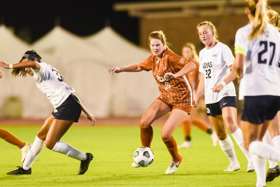 Missimo makes history with record-tying 4 goals as Texas soccer thrashes UTRGV 7-0