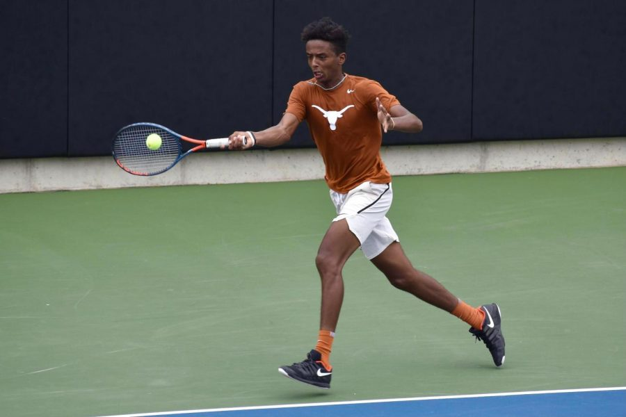 Meet+the+2021-22+Texas+men%E2%80%99s+tennis+team%3A+Same+lineup%2C+now+with+NCAA+tournament+and+US+Open+experience
