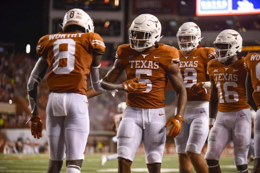 Texan+Tuesday+Football+Talk%3A+heading+into+conference+play%2C+keys+against+Texas+Tech%2C+and+more