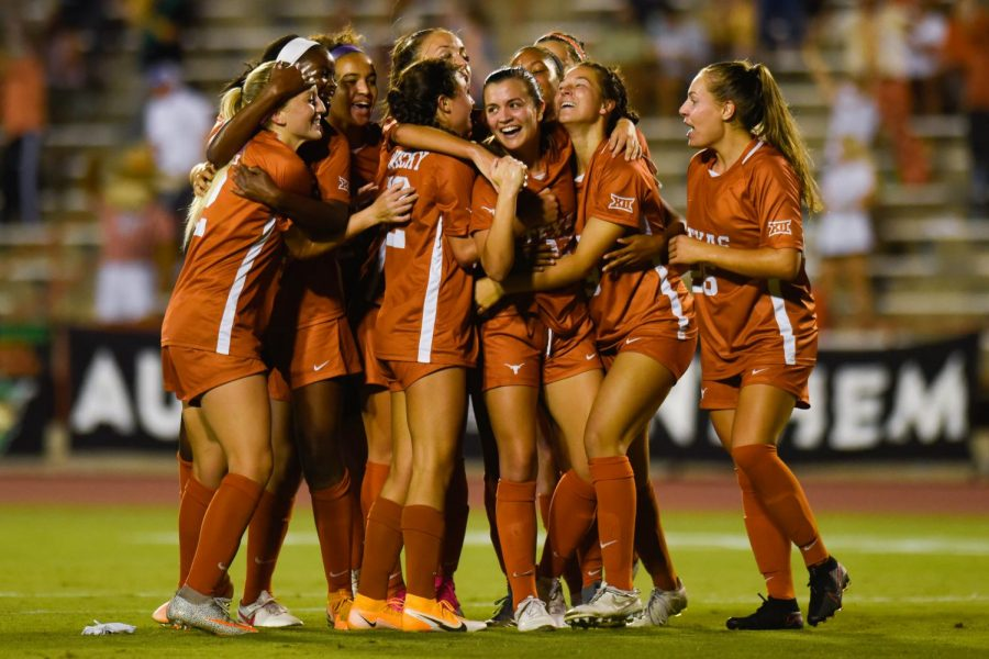 Freshmen Byars, Ward and Missimo continue to impress as Texas soccer cruises past SIUE on its way to 3-0 victory