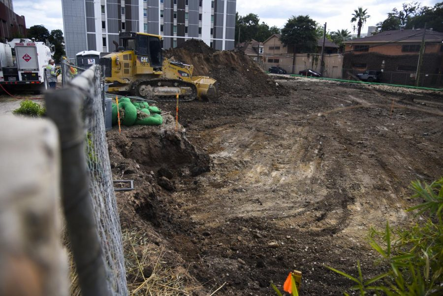 West Campus condo unit demolished to make way for new apartment complex, Nueces