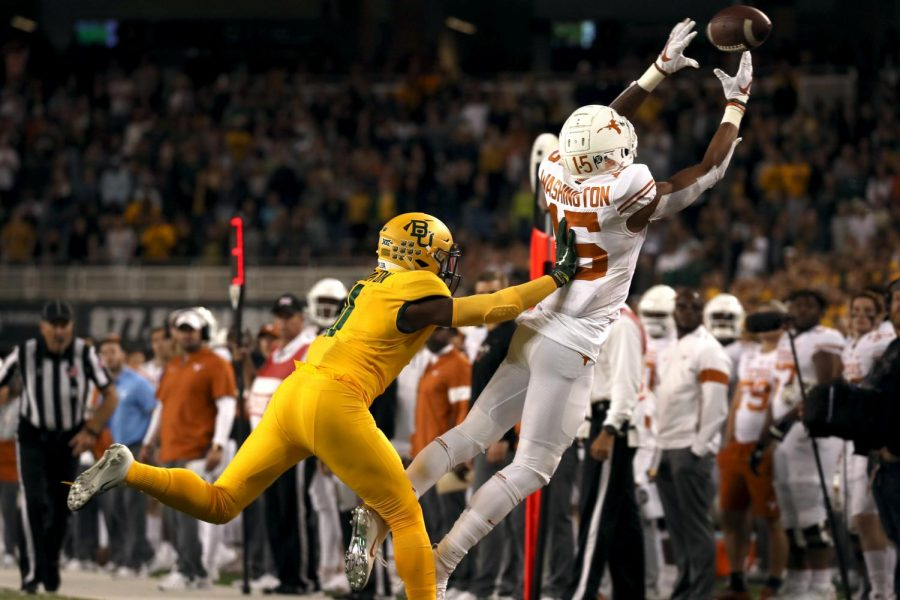 Texas+football+has+everything+to+lose%2C+everything+to+gain