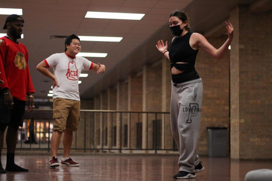 Students discover passion for dance on campus