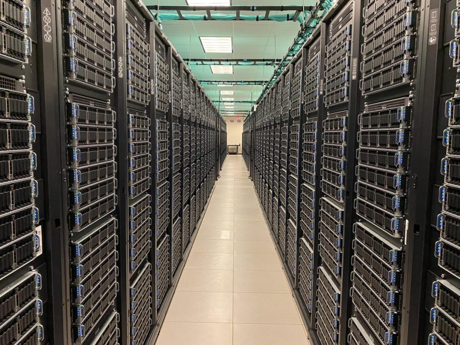 UT+researchers+team+up+with+other+universities+to+build+a+supercomputer