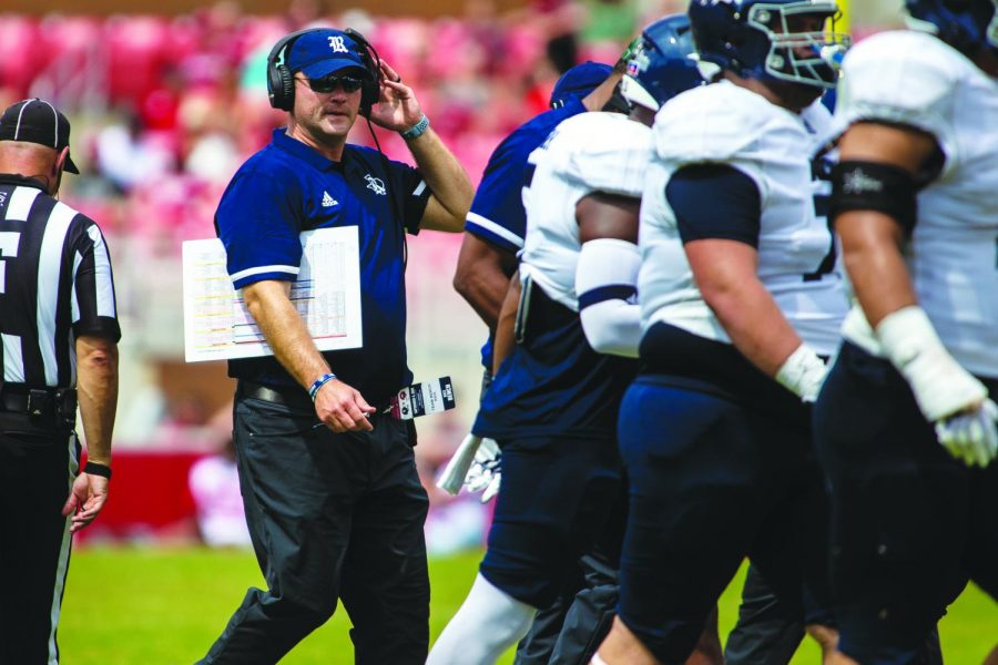 Mike Bloomgren: Rice's offensively-minded point man looks to disrupt Texas